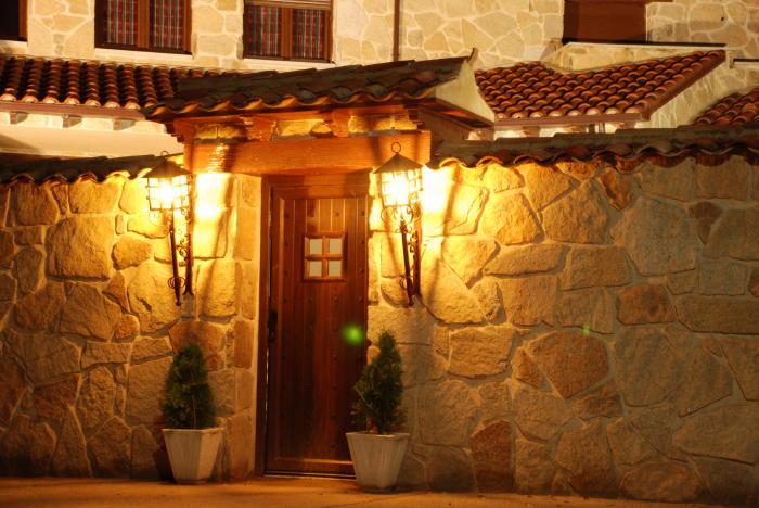 Galeria de fotos de casa rural casa rural maribella for Diseno de entradas principales de casas